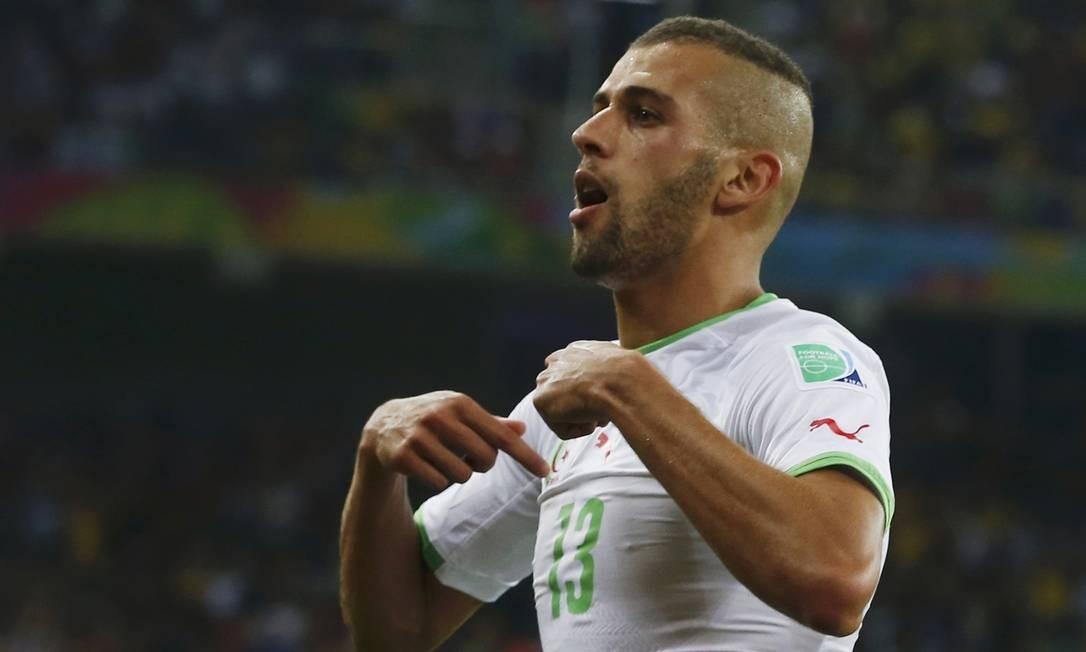 Dois argelinos marcaram duas vezes. Um foi Slimani, principal nome do time MAXIM SHEMETOV / REUTERS