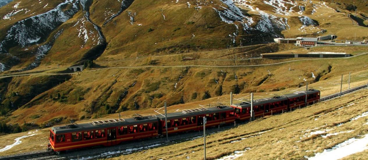 Vista do trem que sobe até Jungfraujoch Foto: Eduardo Vessoni / Especial para O Globo