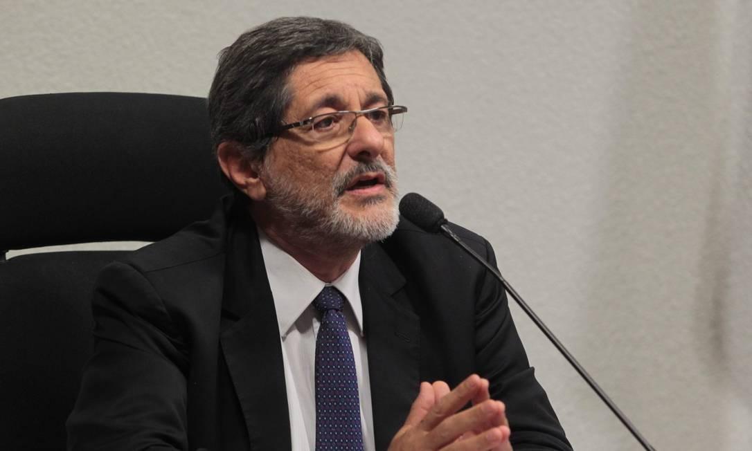 Superfaturamento. Gabrielli criticou parâmetro de comparação do TCU Foto: Givaldo Barbosa/25-06-2014 / Agência O Globo