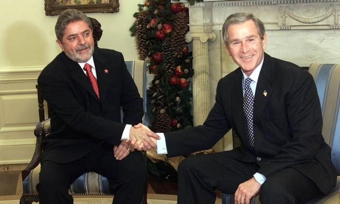 Resultado de imagem para Lula e bush