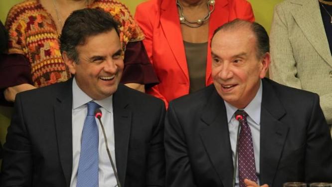 Aécio Neves oficializa Aloysio Nunes como candidato a vice Foto: Ailton de Freitas / O Globo