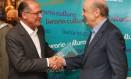 O governador de São Paulo Geraldo Alckmin e o senador José de Serra Foto: Michel Filho / Arquivo