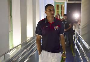 O goleiro Keylor Navas vai jogar no sacrifício contra a Holanda Foto: Ronaldo Schemidt / AFP