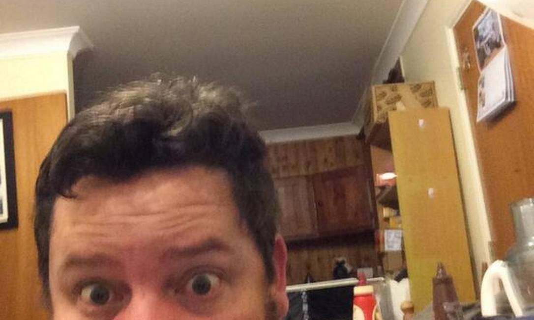 @Tim_Cahill, sozinho Foto: Reprodução
