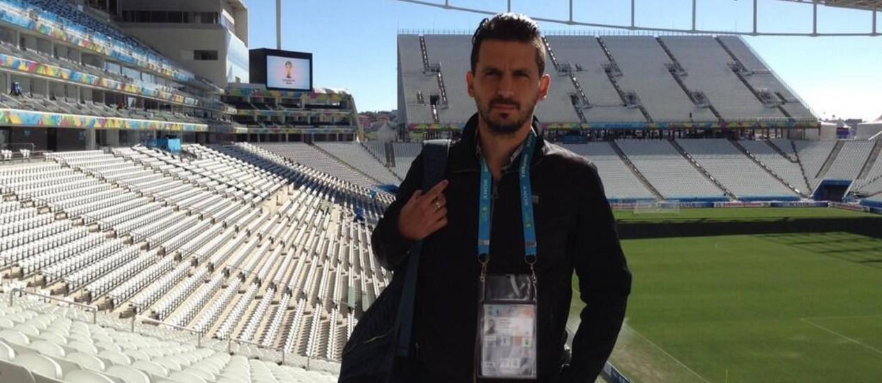 Il giornalista argentino nel Corinthians Arena, SP Foto: Riproduzione / Twitter
