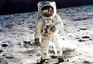 Campanha de 45 anos do homem na Lua Foto: Divulgação/therealBuzzAldrin