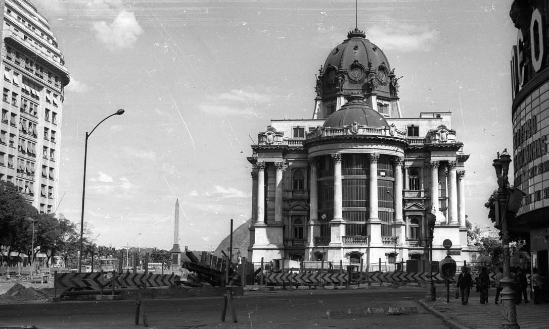 A imponência da construção que abrigou o Senado até a inauguração de Brasília, na década de 60 Foto: Arquivo / Agência O Globo