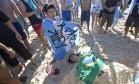 Depois de levar dez gols em dois jogos, argentinos decretaram 'morte' da seleção brasileira Foto: Silvia Izquierdo / AP