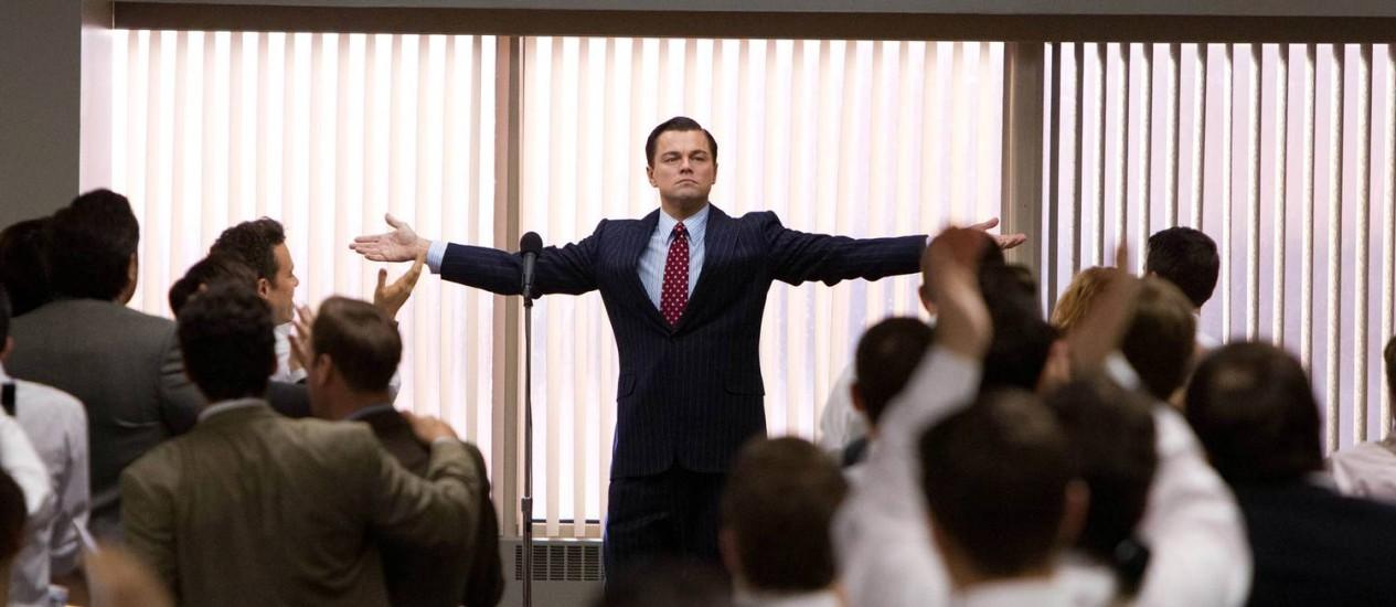 """Cena do filme """"O Lobo de Wall Street"""", com Leonardo di Caprio, no papel do narcisista Jordan Belfort Foto: AP"""