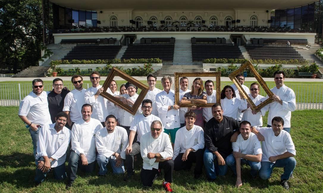 ESQUENTA. Chefs que participam do Rio Gastronomia 2014 se reúnem no Jockey Club Brasileiro. De 14 a 24 de agosto, o evento Foto: / Cecilia Acioli/O Globo