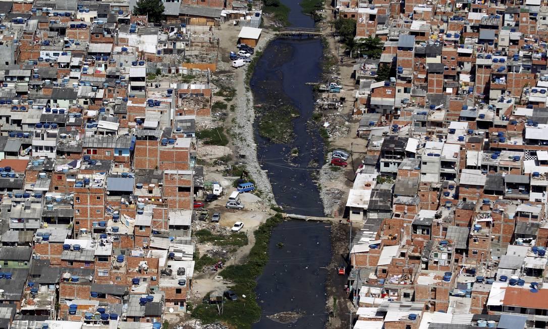 Aumenta a verticalização das favelas no Rio - Jornal O Globo