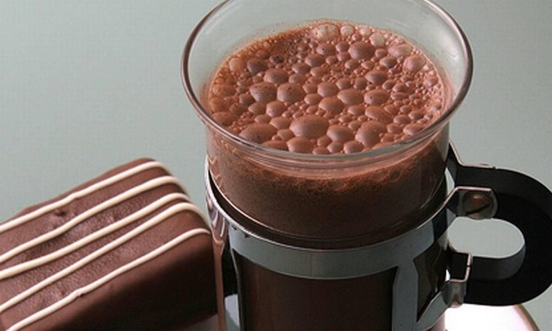 A sugestão da The Bakers é o Brownie Torpedo, brownie derretido ao leite e café (R$ 9,90). Foto: Divulgação