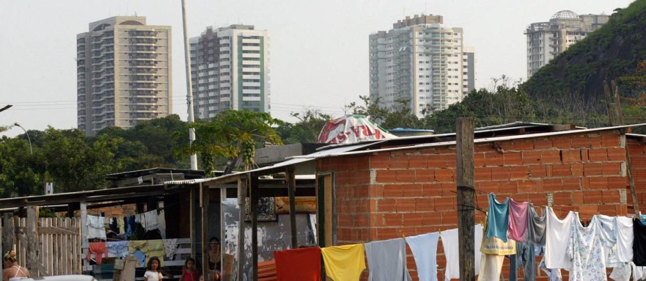 O mundo tem hoje 2,2 bilhões de pessoas pobres ou no limiar da pobreza Foto: Marcos Tristão / Marcos Tristão