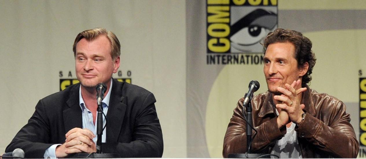 Christopher Nolan e Matthew McConaughey na Comic-Con Foto: KEVIN WINTER / AFP