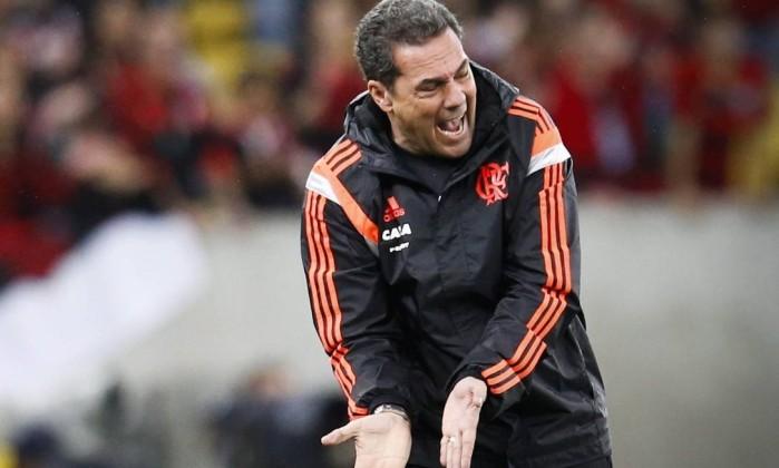 BOMBA! Após forte discussão com dirigente, Luxemburgo deixa o Flamengo
