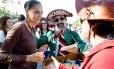 Marina Silva deixa a tenda dos autores após assitir a mesa sobre a ditadura