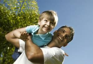 Maioria dos homens gostaria de ter mais tempo para ficar com os filhos Foto: Divulgação