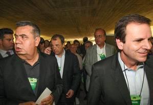 Parte da cúpula do PMDB reunida em Convenção Foto: André Coelho / Arquivo O Globo
