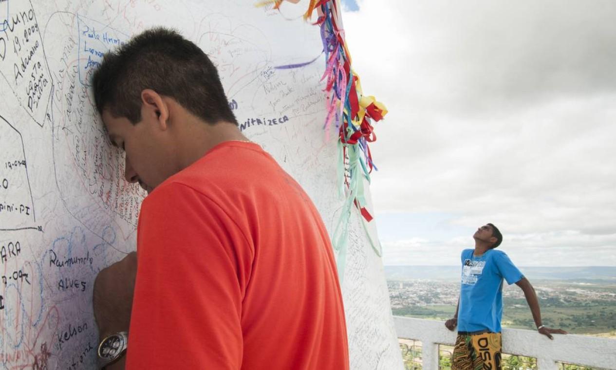 Na cidade, ela registrou a devoção de católicos Foto: Divulgação/ Isabela Senatore
