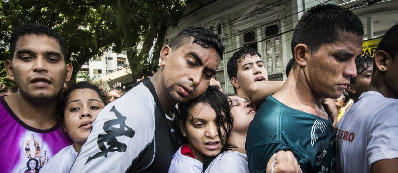 Fiéis se espremem no Círio de Nazaré, em Belém Foto: Divulgação/Isabela Senatore