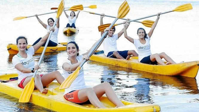 BEM-ESTAR. Aulas de caiaque são apenas um exemplo de atividades de saúde incentivadas pela empresa Foto: camilla maia