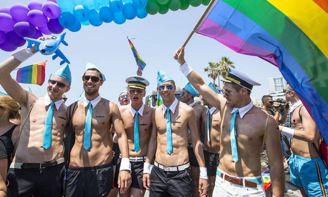 Parada gay em Tel Aviv, em junho deste ano Foto: JACK GUEZ / AFP