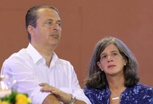 Campos e a mulher Renata Campos, em abril deste ano Foto: Fernando Donasci/20-04-2014 / Agência O Globo