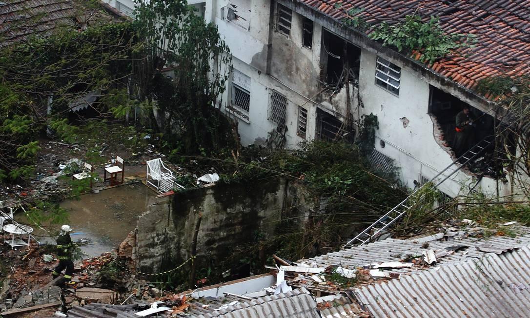 Local do acidente que matou Eduardo Campos, em Santos Foto: Fernando Donasci / Agência O Globo