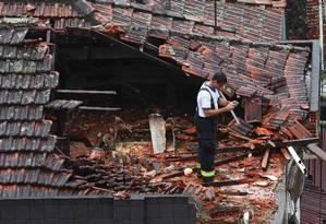 Avião que levava Eduardo Campos caiu em Santos, matando as sete pessoas a bordo Foto: Fernando Donasci / Agência O Globo