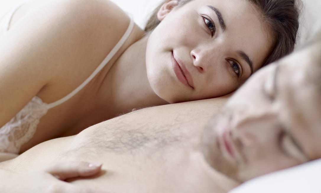 Vida sexual. Mulheres, ao contrário de homens, precisam estar bem consigo para ter um bom desempenho no sexo Foto: / Latinstock