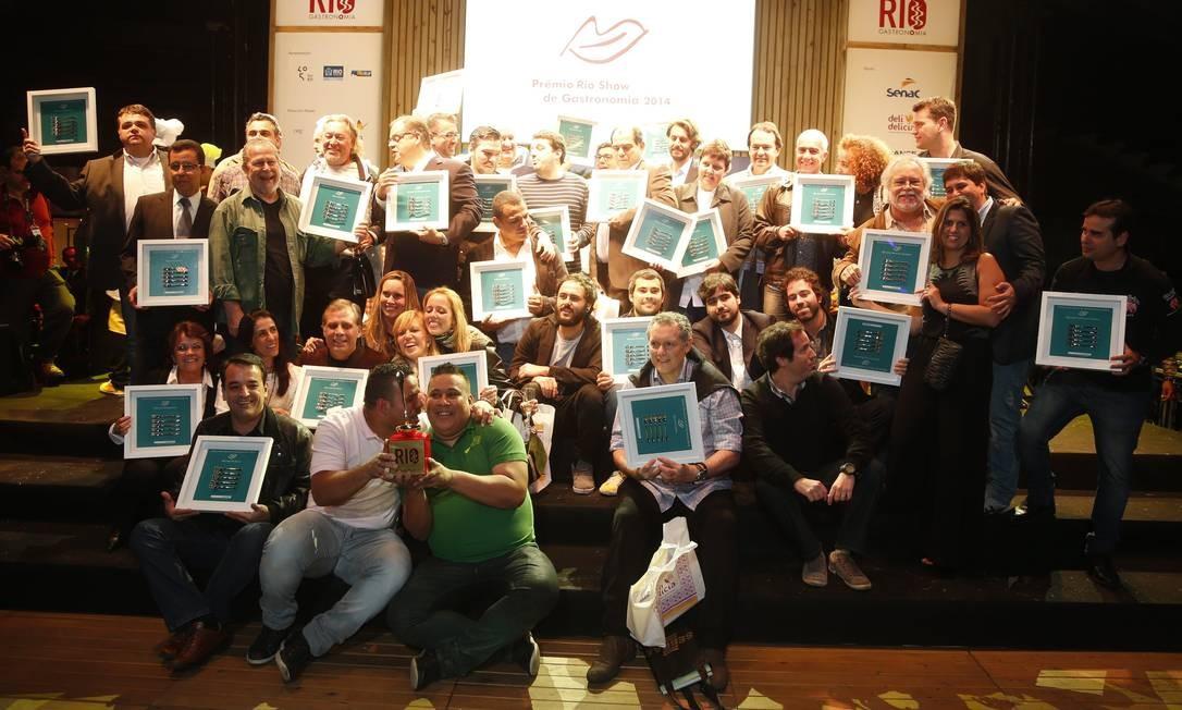 Os chefs premiados no Prêmio Rio Show de Gastronomia 2014 Foto: / Marcelo Carnaval/O Globo