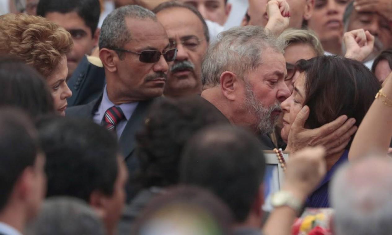 Lula cumprimenta Ana Arraes Foto: Agência O Globo