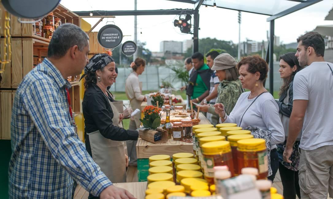 Da fazenda. Feira dos Sabores reúne 20 barracas com produtos da agroindústria do estado do Rio no Jockey Foto: Marco Sobral / Marco Sobral
