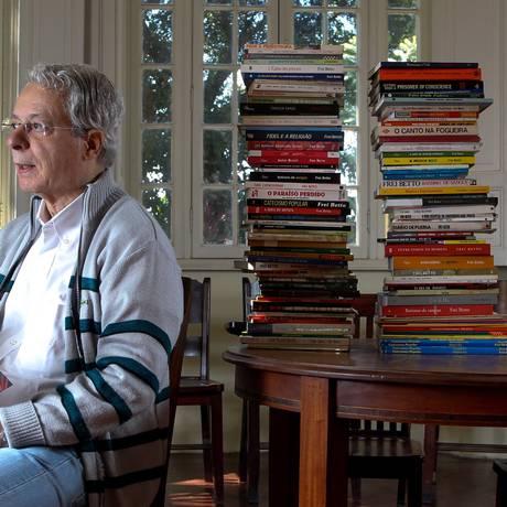 Frei Betto Foto: O Globo / Marcos Alves