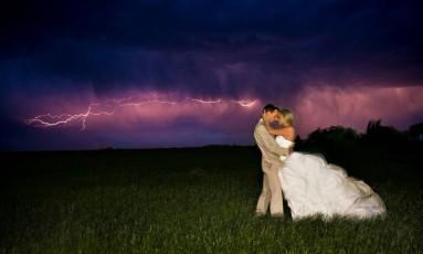 No céu nebuloso do Nebraska, nos EUA Foto: ROBERT EVANS PHOTOGRAPHY