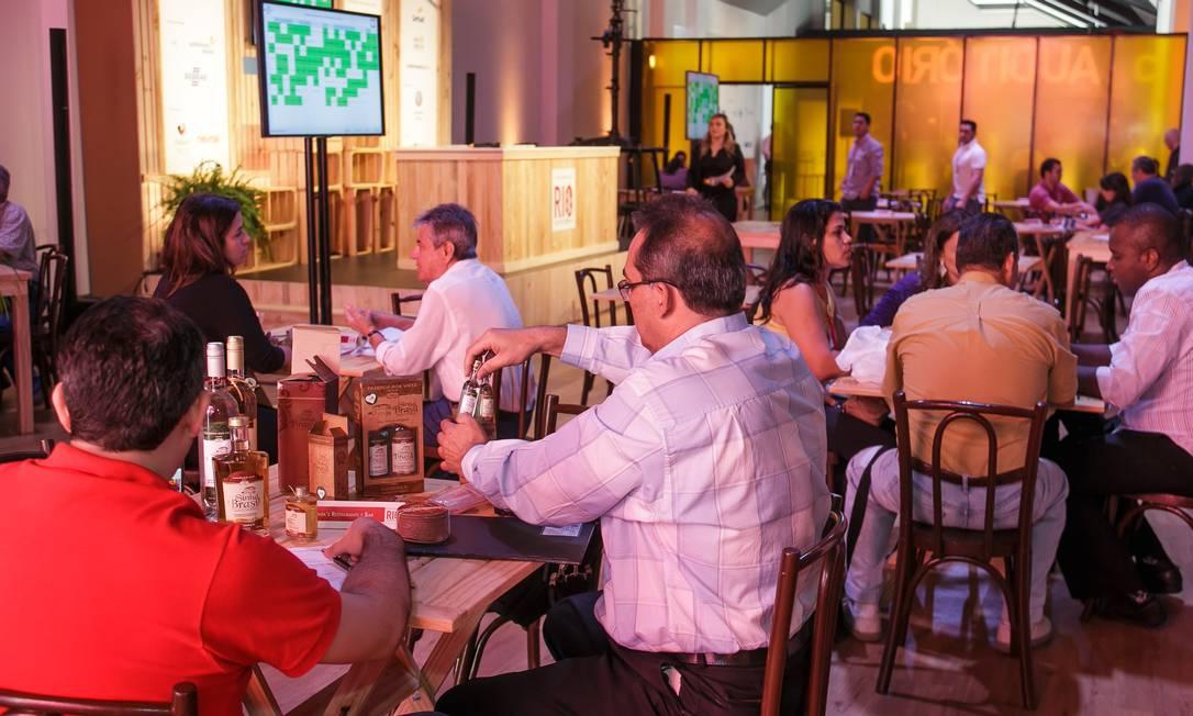 RodadadeNegóciosreuniu produtores e donos de restaurantes no Jockey Foto: Marco Sobral/O Globo