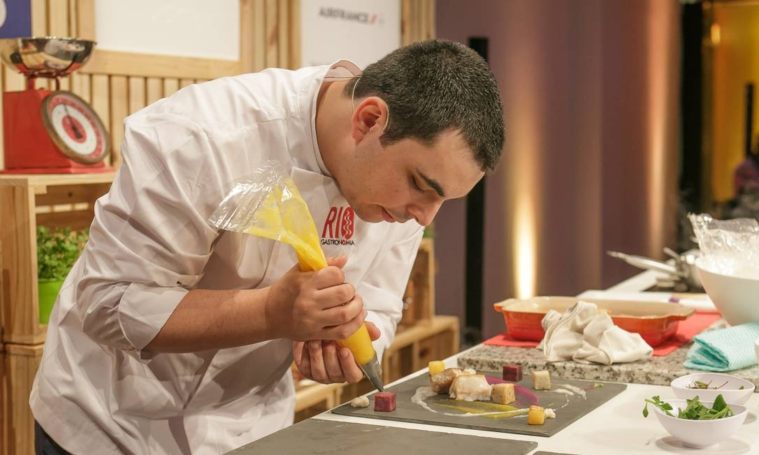 O chef Ricardo Lapeyere, do Laguiole, fez sua estreia no Circuito Rio Gastronomia Foto: Marco Sobral/O Globo