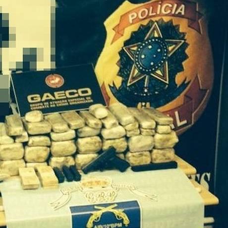 Policiais federais prendem dupla com mais de 40kg de cocaína na Via Dutra Foto: Divulgação/PF