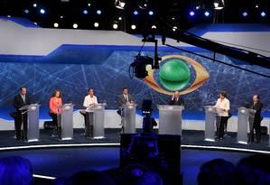O debate na TV Bandeirantes reuniu sete candidatos à Presidência Foto: Fernando Donasci / Agência O Globo