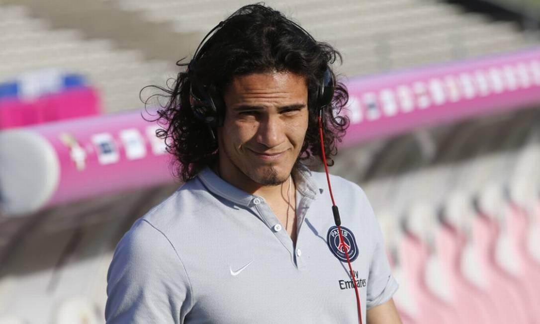 O atacante uruguaio Edinson Cavani, de 29 anos, já passou por clubes como Palermo e Napoli, e hoje está no Paris-Saint-Germain. Disputou as Copas de 2010 e 2014 com a Celeste, já eliminada da Copa América Divulgação/PSG