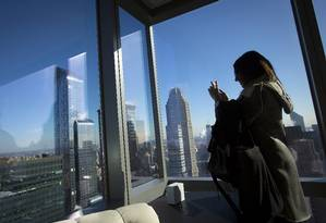 Janelão panorâmico em quarto no topo do novo Marriott Hotel, com 68 pisos Foto: Carlo Allegri / Reuters