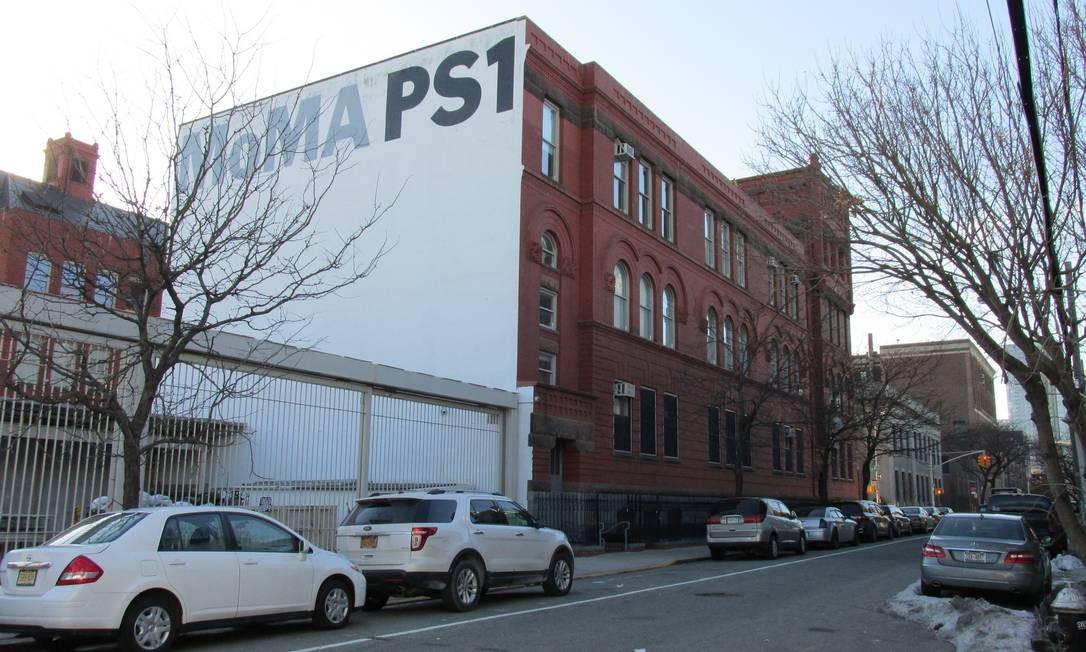 O MoMa PS1 é a primeira filial do Museu de Arte Moderna de Nova York fora de Manhattan Foto: Mari Campos / Especial para O Globo