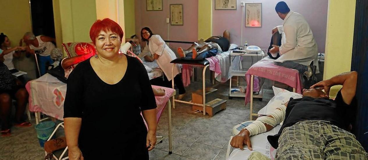 Maria de lourdes Vieira, no ambulatório da instituição Foto: Hudson Pontes/ Agência O Globo
