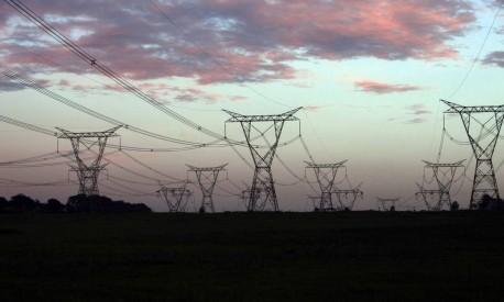 Linhas de energia próximas a Foz do Iguaçu Foto: Dado Galdieri / Bloomberg
