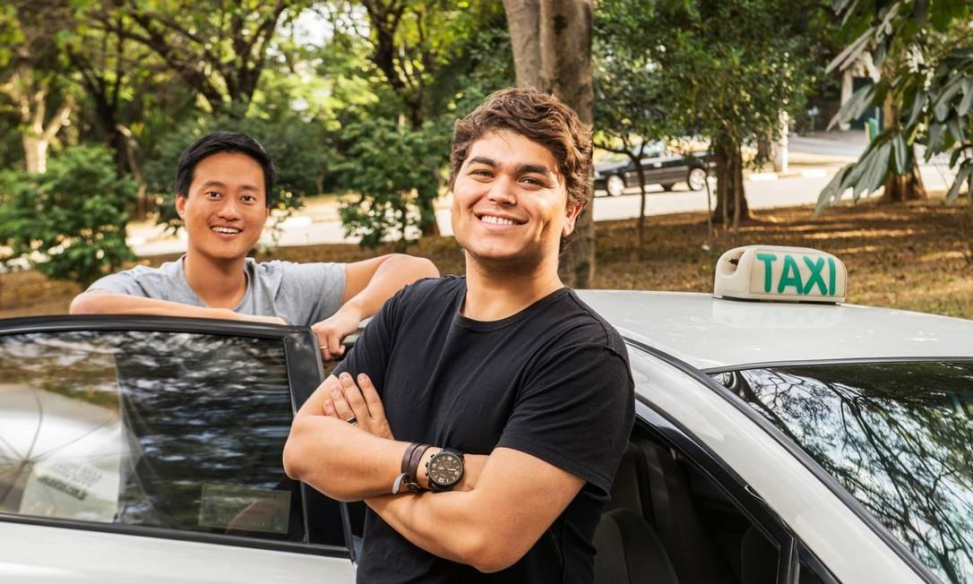 Start-ups made in Brazil - Tallis Gomes (fundador e co-CEO) e Denis Wang (co-CEO) do Easy Taxi Foto: Divulgação