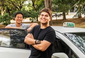 Tallis Gomes e Denis Wang dirigem o Easy Taxi, start-up criada há dois anos e já presente em 32 países Foto: Divulgação