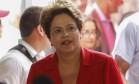 Dilma usou trechos de debate para criticar Marina Foto: Alexandre Cassiano / O Globo