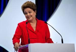 Segundo pesquisa Datafolha, 44% afirmam que Dilma é a favorita para vencer as eleições de outubro Foto: Nelson Almeida / AFP