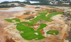Vista aérea de plantio do gramado no campo de golfe olímpico, na Barra: trecho é objeto de batalha judicial Foto: Genilson Araujo / Parceiro