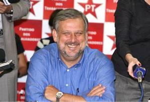 Berzoini: ministro reforça camapanha pela reeleição de Dilma Foto: Ailton de Freitas / Agência O Globo